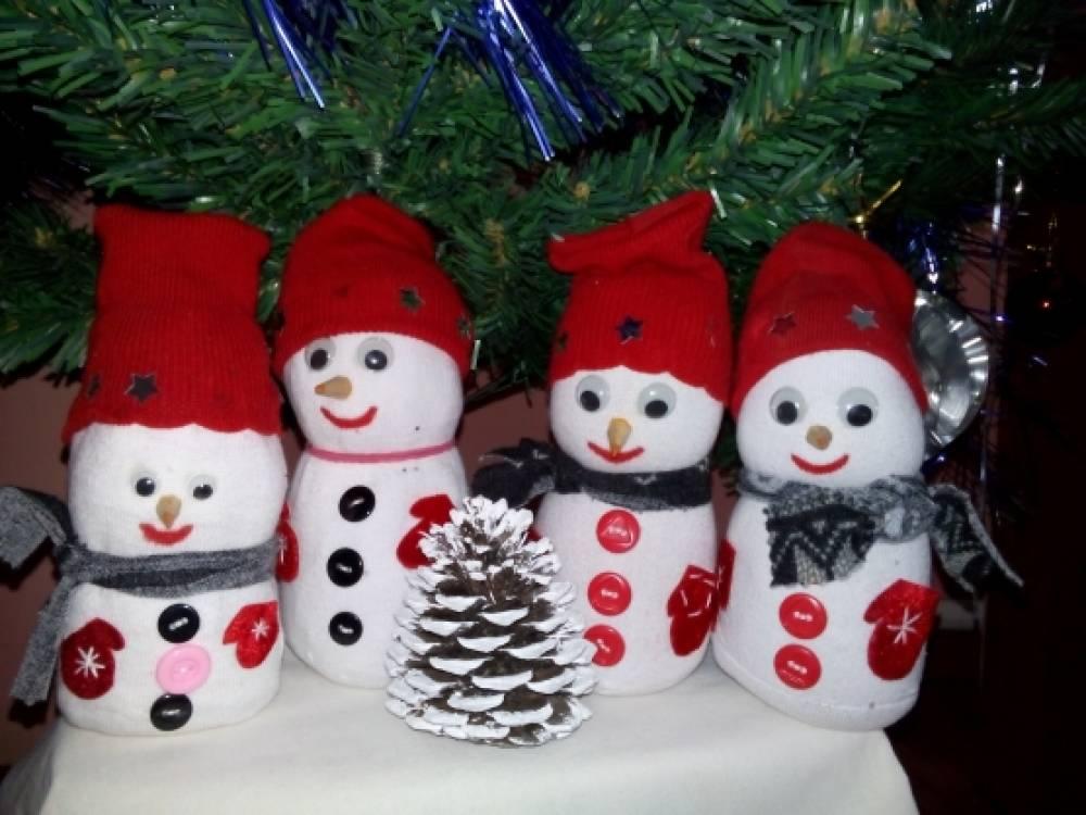 Сделать снеговика на улицу своими руками 189