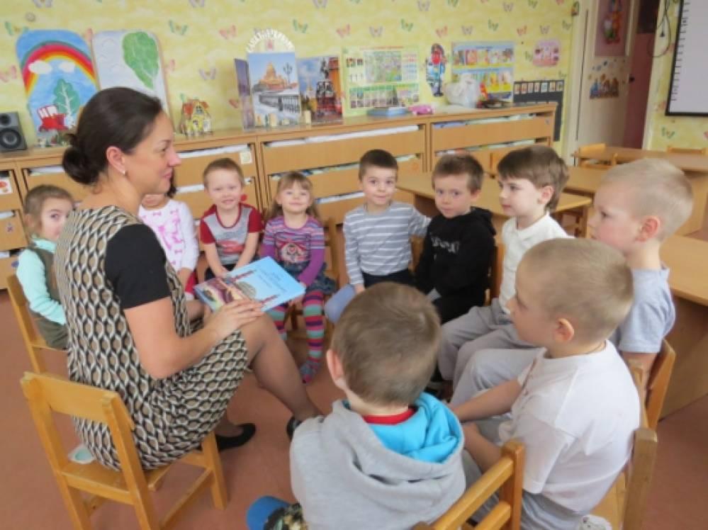 знакомство с чуковским в средней группе