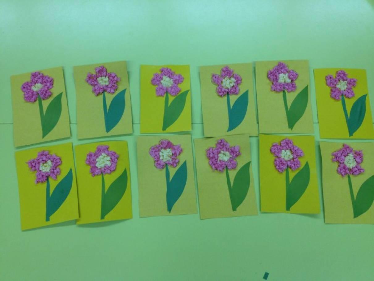 Средняя группа аппликация поздравительная открытка, оригами платьями
