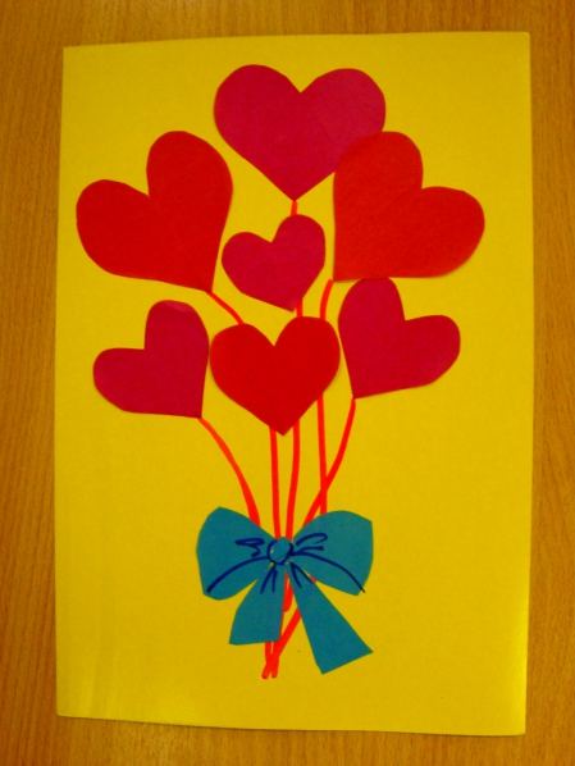 Открытка дерево с сердечками в доу, надписями