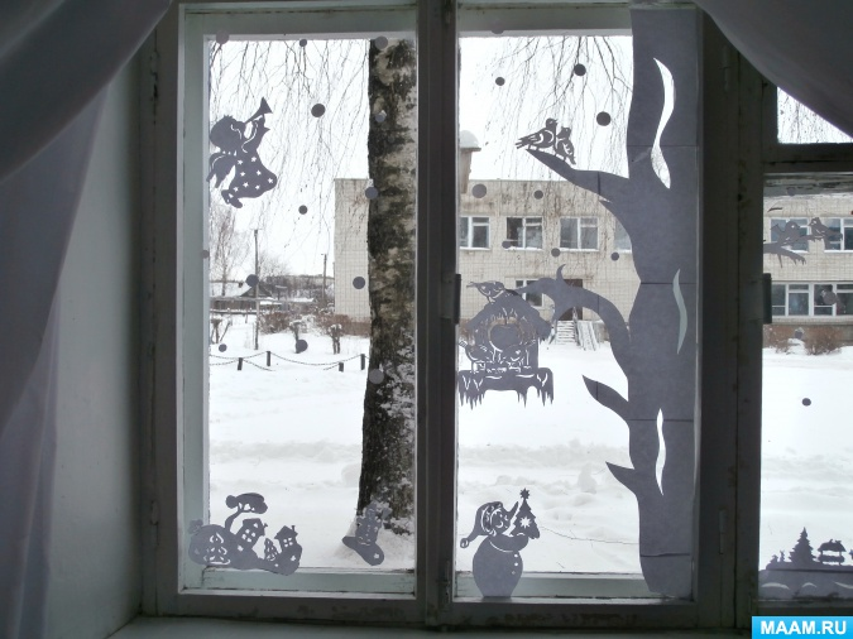 Новогодние украшения на окна в технике «вытынанки»