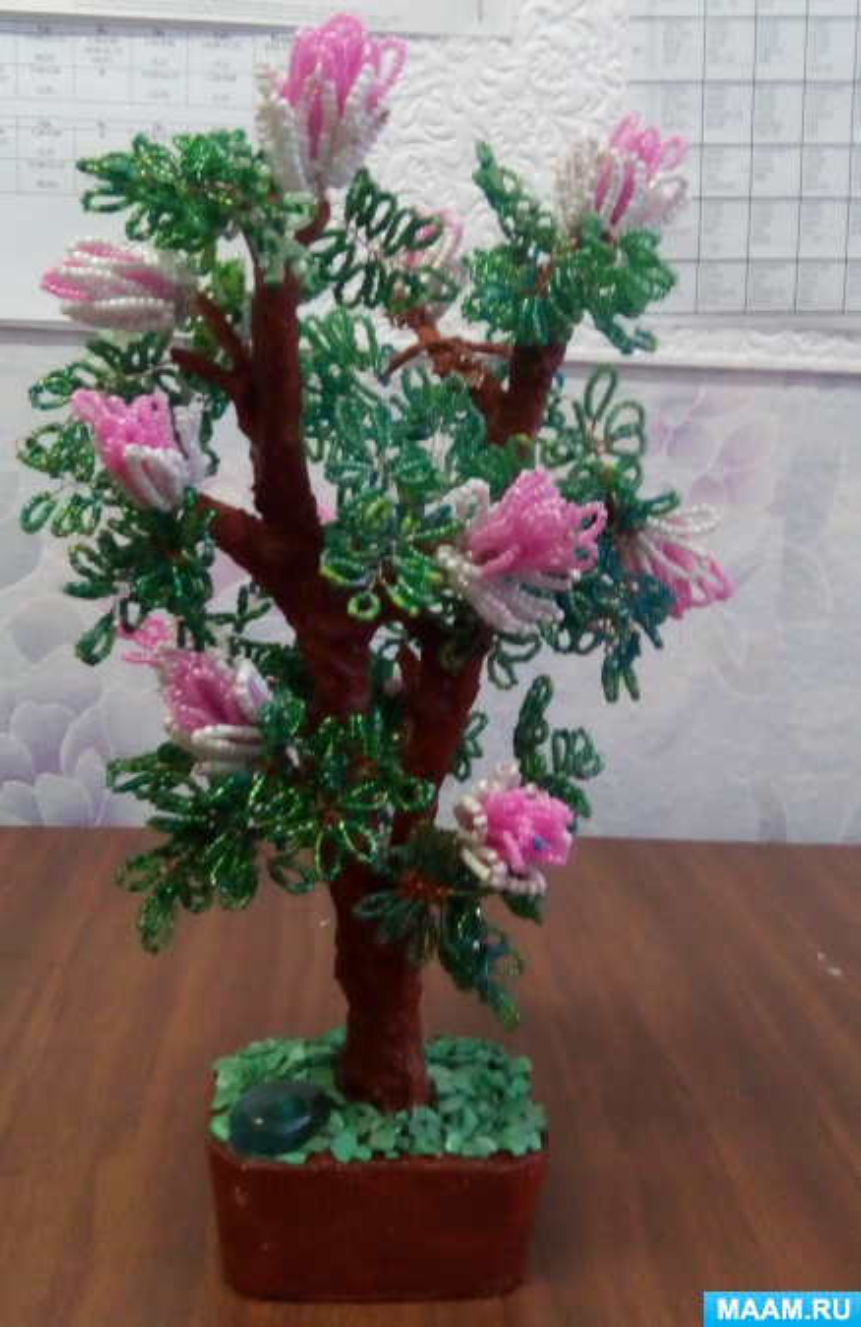 Фотоотчет «Дерево из бисера» своими руками