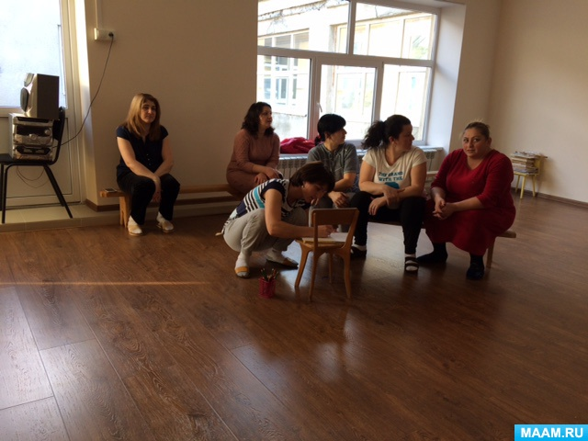Фотоотчет «Тренинг для сплочения коллектива»