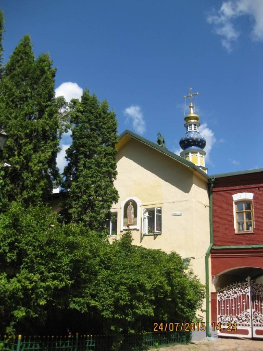 Где находится псково печёрский монастырь