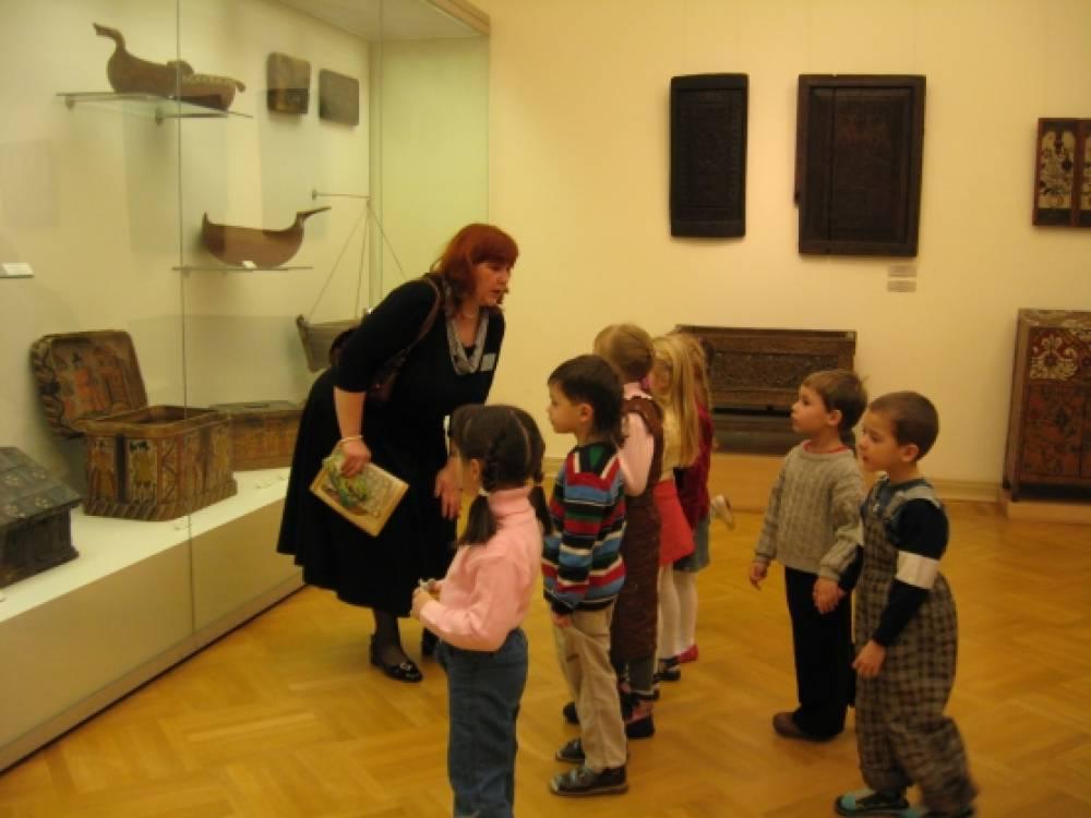 знакомство детей в музее