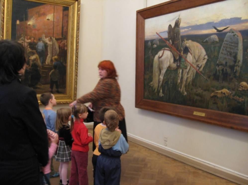 знакомство со школьным музеем
