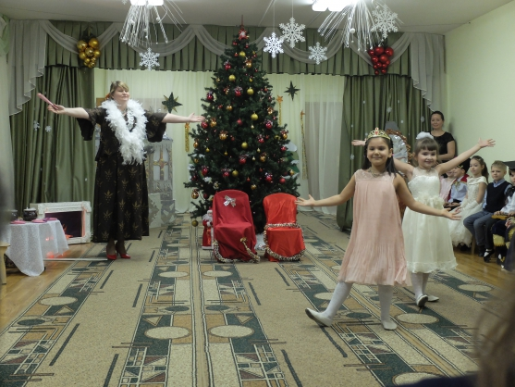 Новогодний сценарий по сказке золушка детский сад