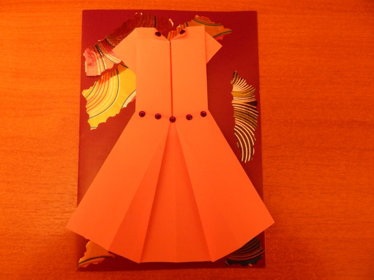 Открытка оригами на 8 марта платье