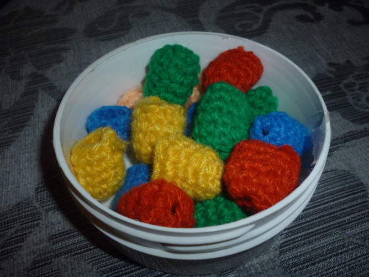 Игра на закрепление цвета «Цветные сапожки» (группа раннего возраста)