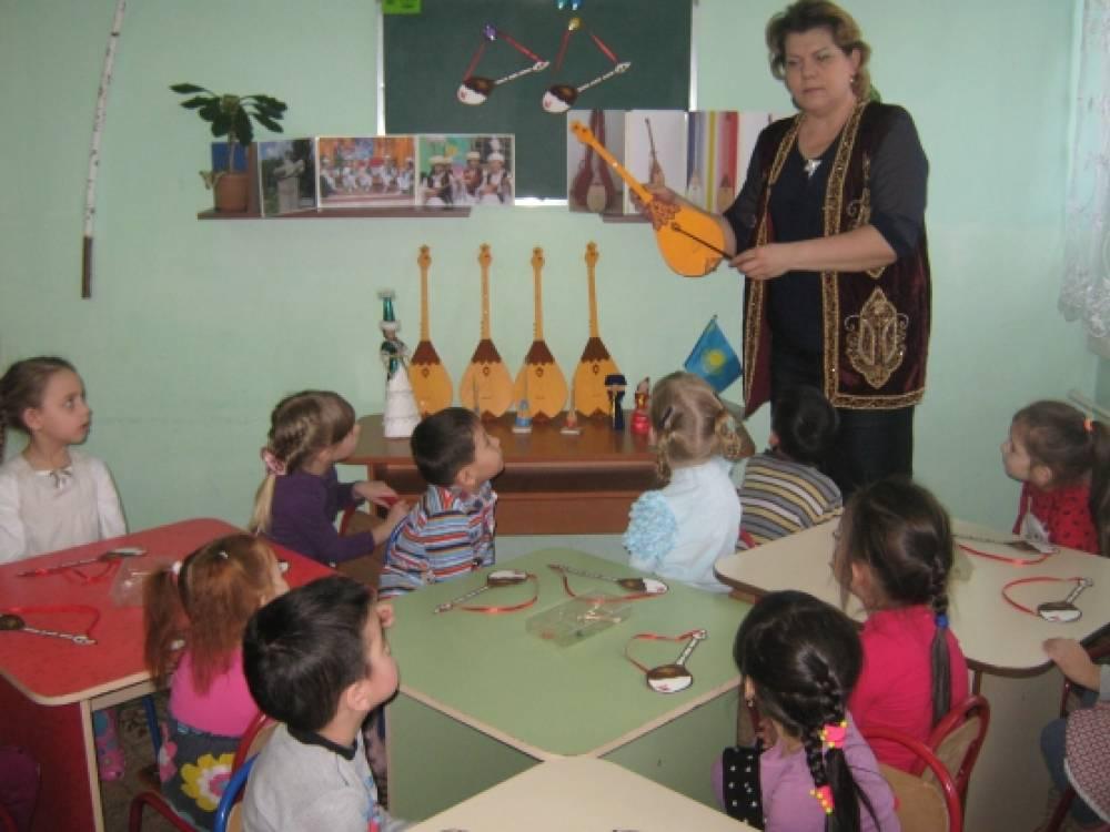 знакомство детей с народными инструментами