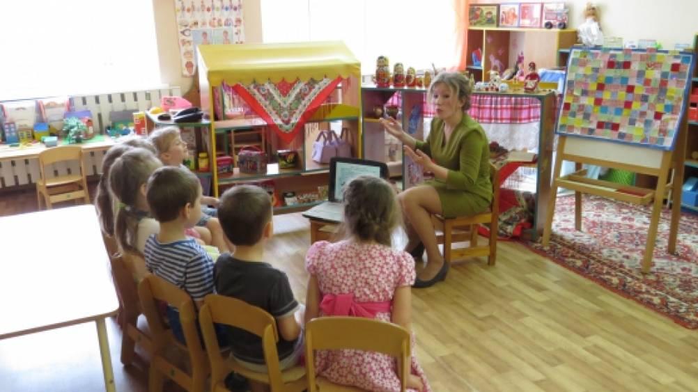 знакомство с русской матрешкой в средней группе
