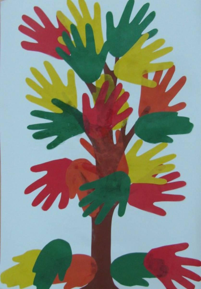 Мастер-класс по аппликации из ладошек «Осеннее дерево» (средняя группа)