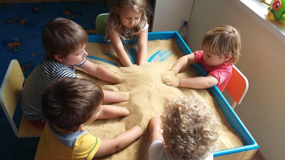 знакомство дошкольников с песком