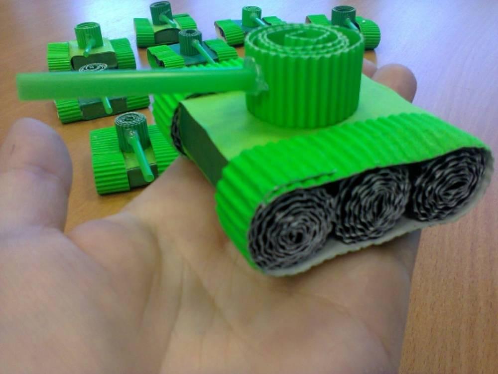 Как сделать танк из ткани своими руками 26