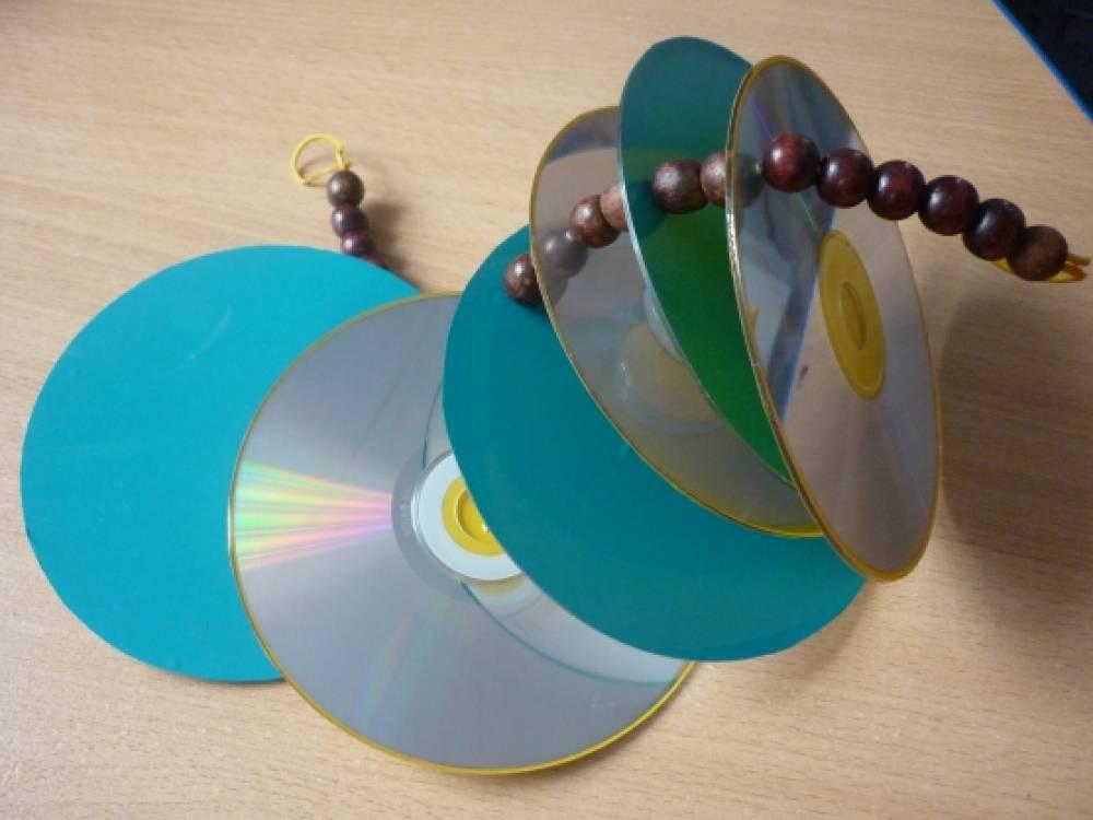 Музыкальные инструменты из бросового материала своими руками 997