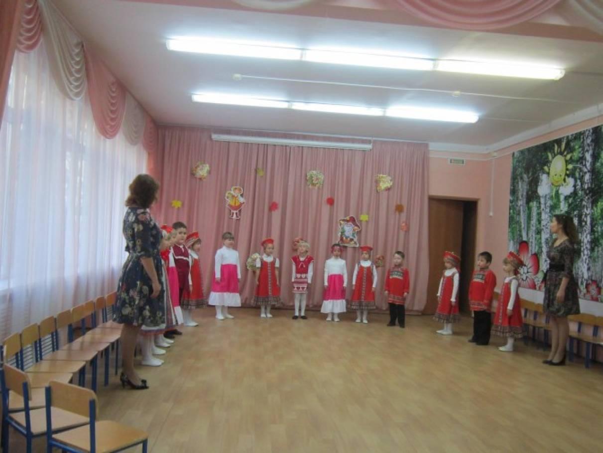 Фотоотчет о празднике в подготовительной к школе группе «Хлеб-всему голова!»