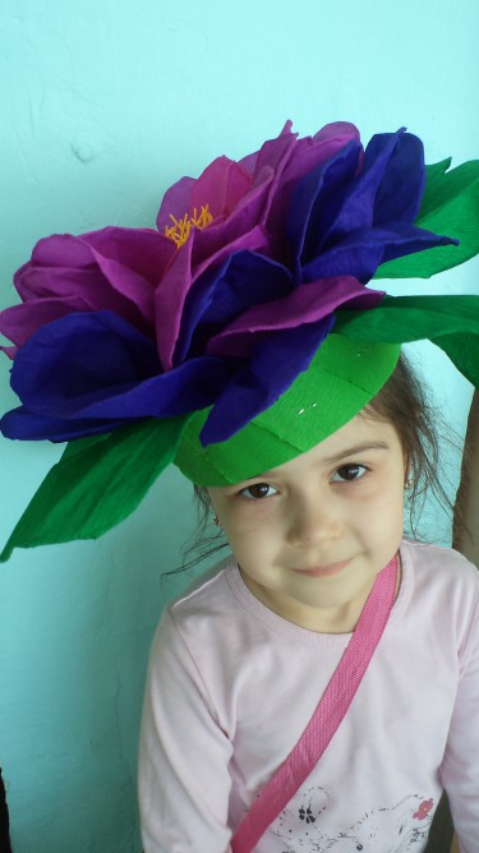 Цветок из бумаги на голову своими руками 383