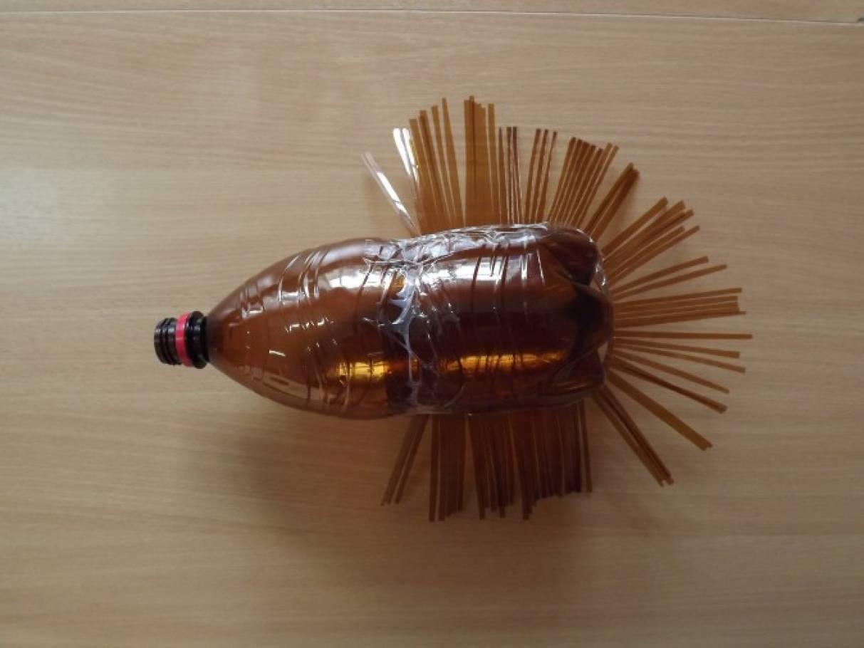 Поделки ёжика из пластиковых бутылок 376
