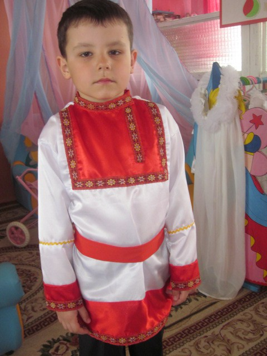 Мастер-класс «Русская народная рубаха-косоворотка» для мальчика 6 лет.