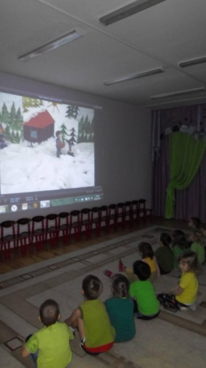 Сценарий праздника дня россии для малышей