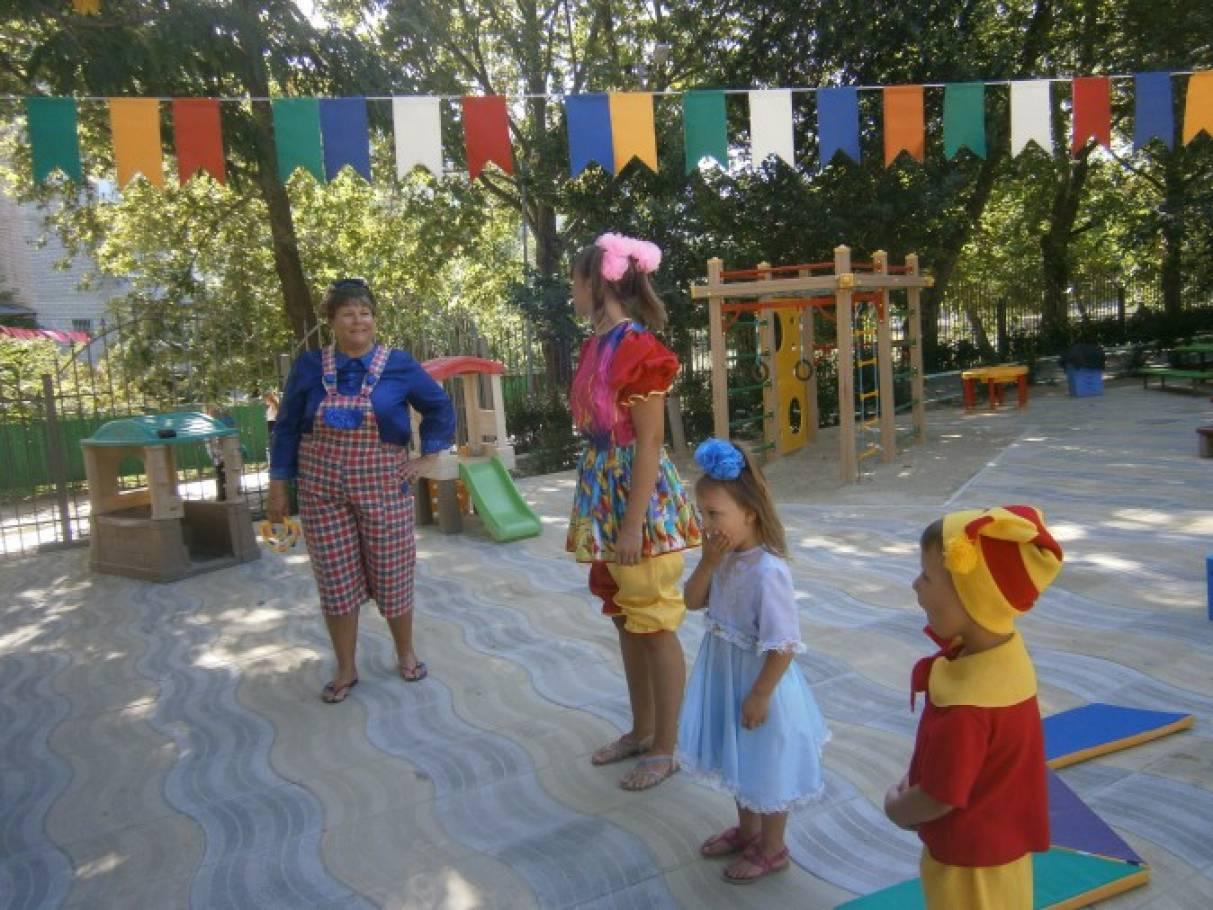 Сценарий праздника к Дню Здоровья «Помоги сказочным друзьям» (средний дошкольный возраст)