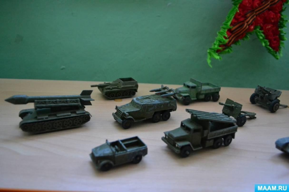 Выставка «Парад военной техники» (фотоотчет)
