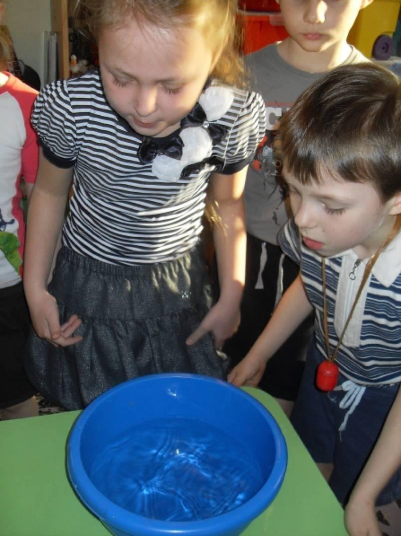 Игры с водой. Экспериментирование детей старшего возраста
