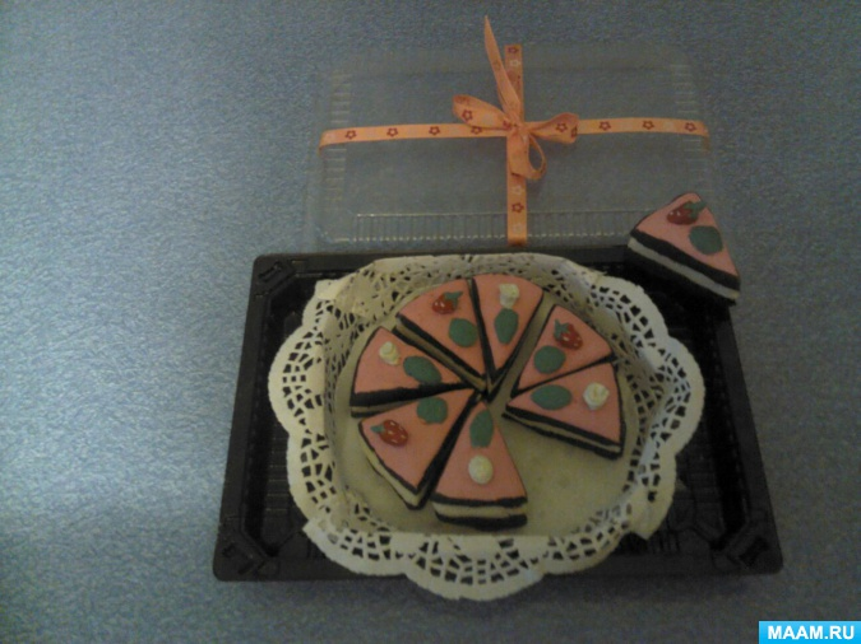 Торт из соленого теста к празднику «День Матери»