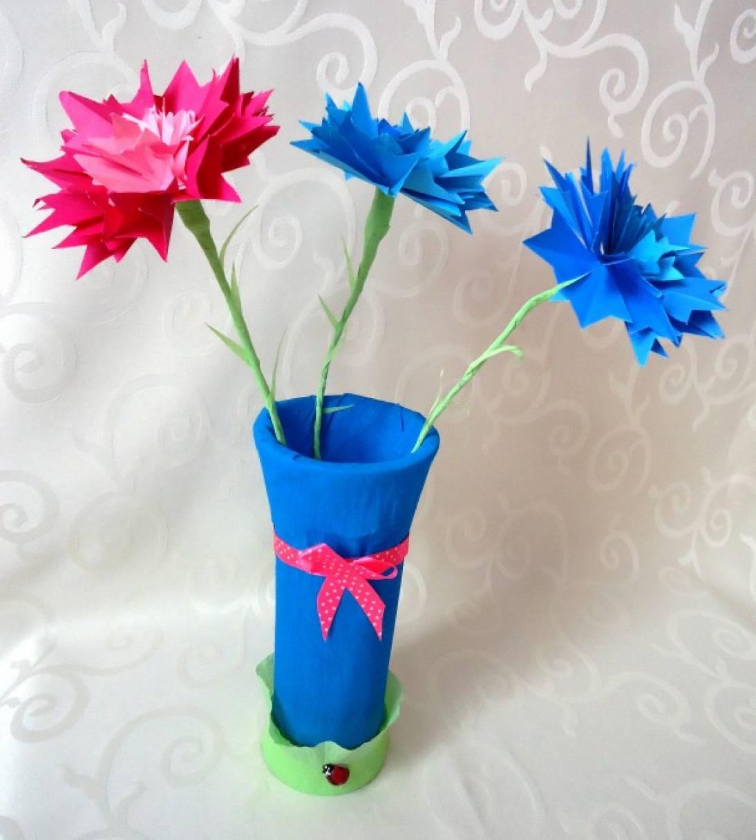 Василёк. Мастер-класс цветка из бумаги в технике оригами