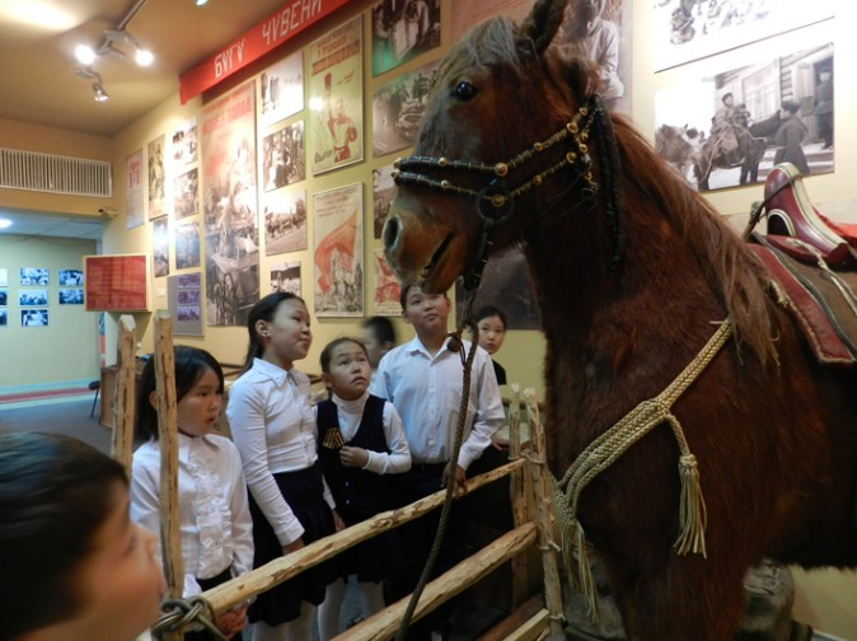 Экскурсия в национальный музей Республики Тыва