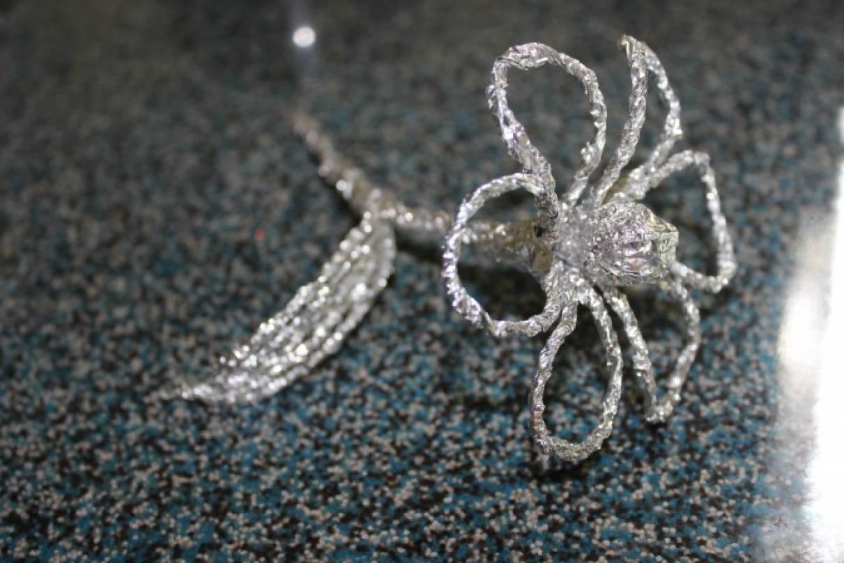 Мастер-класс «Серебряное чудо»— цветок из фольги