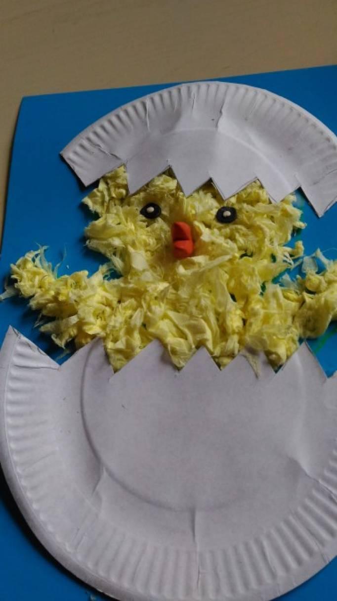Мастер-класс «Цыпленок из мятых салфеток и одноразовой тарелки». Вторая младшая группа