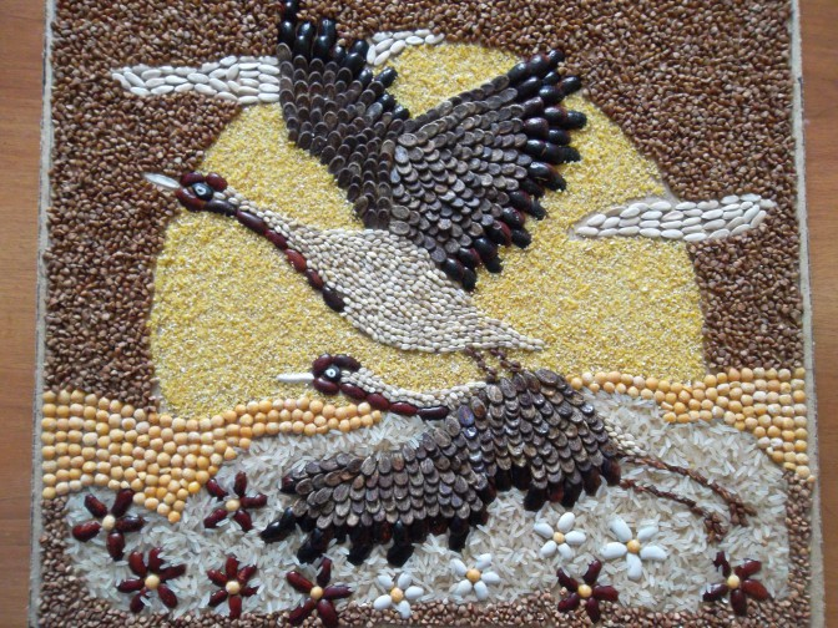 двупредметный, поделка из зерна птица светлая, хорошим