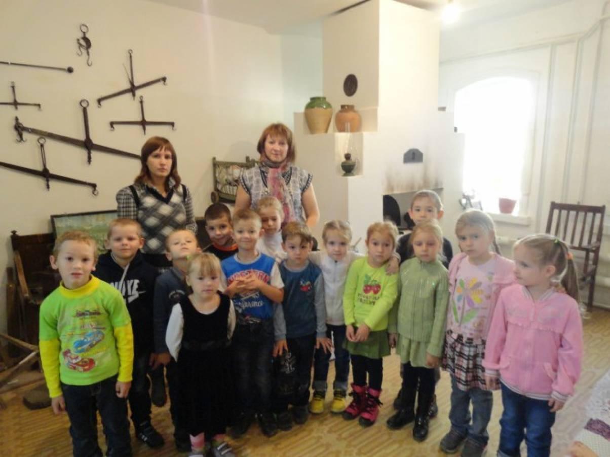 Конспект НОД по познавательному развитию с детьми старшего дошкольного возраста «Экскурсия в краеведческий музей»