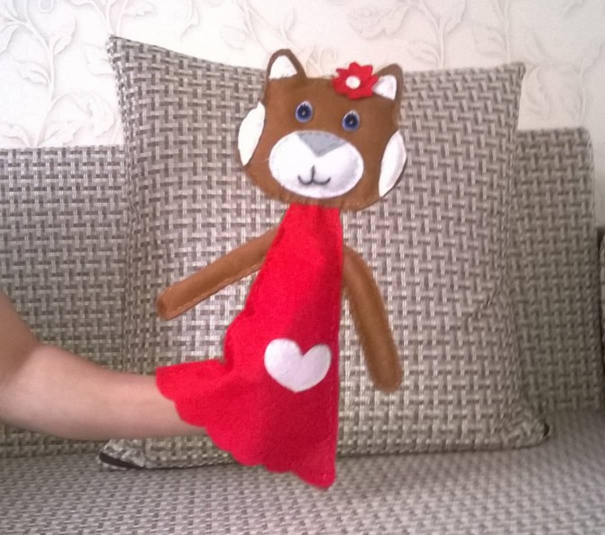 Детская игрушка из фетра «Мурка»