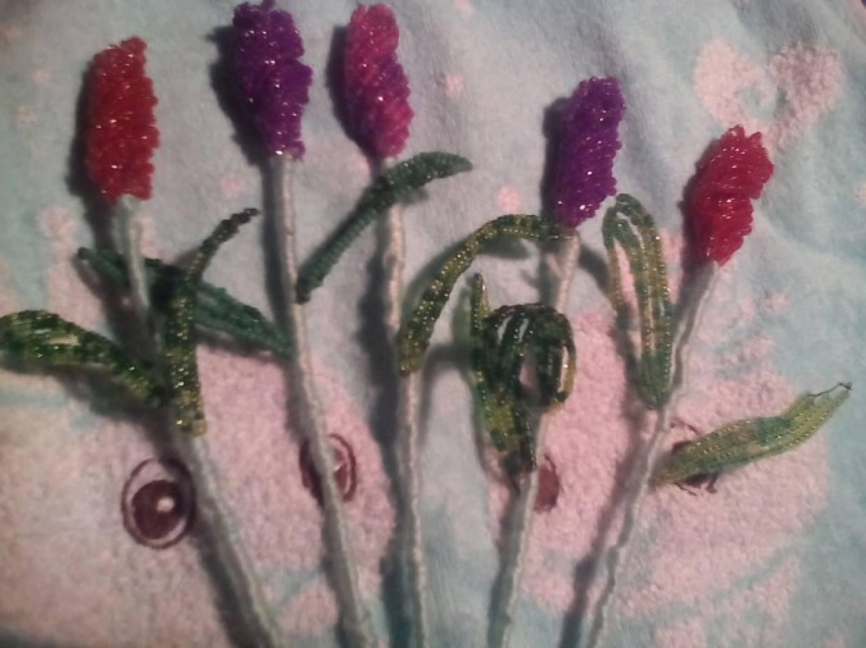 Мастер-класс «Тюльпан из бисера»