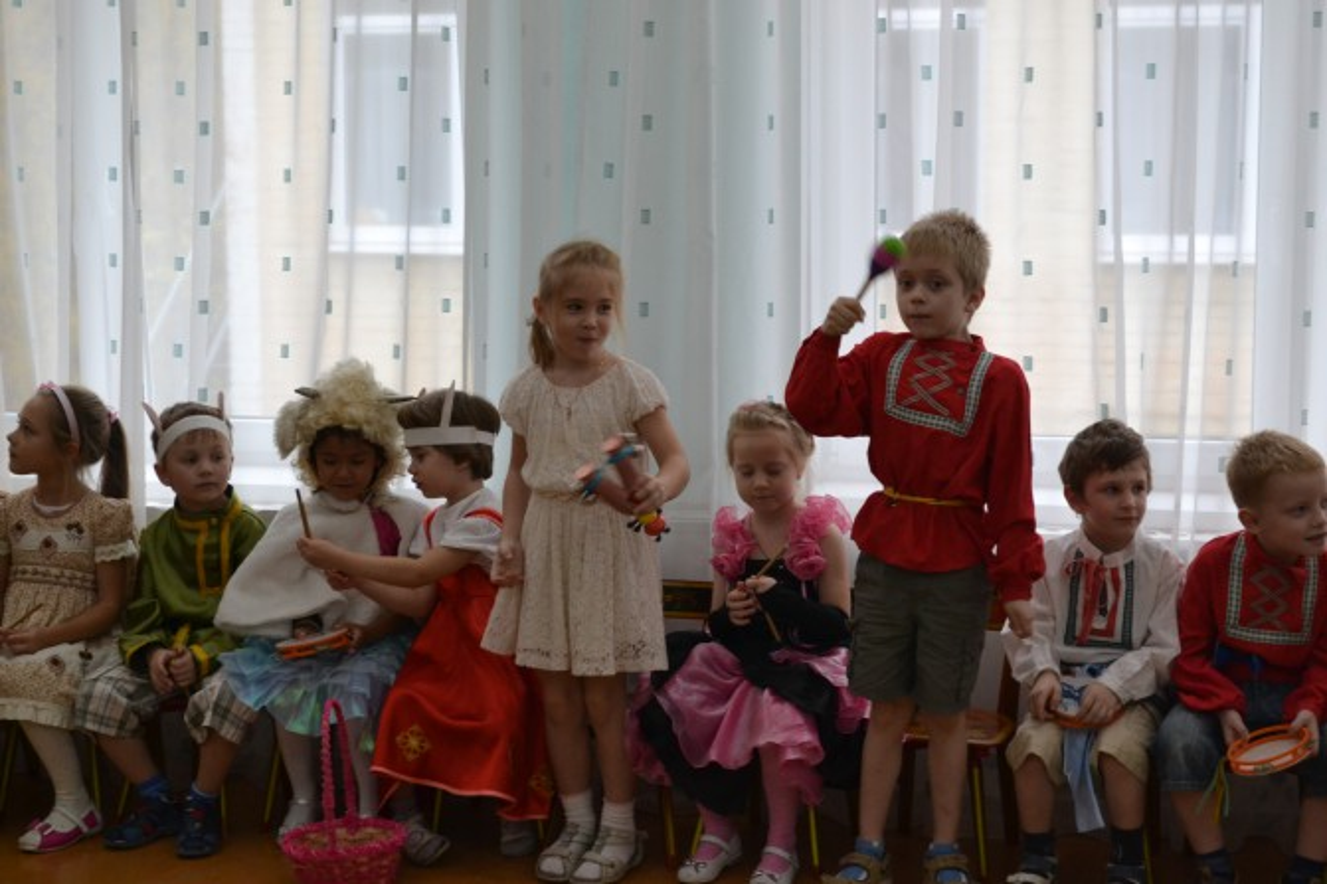 Сценарий праздника день россии в детском саду старшая группа