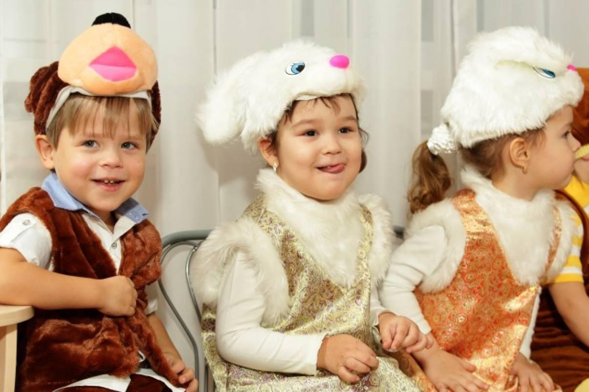 Новогодний праздник «Здравствуй, Дедушка Мороз!» (вторая младшая группа)