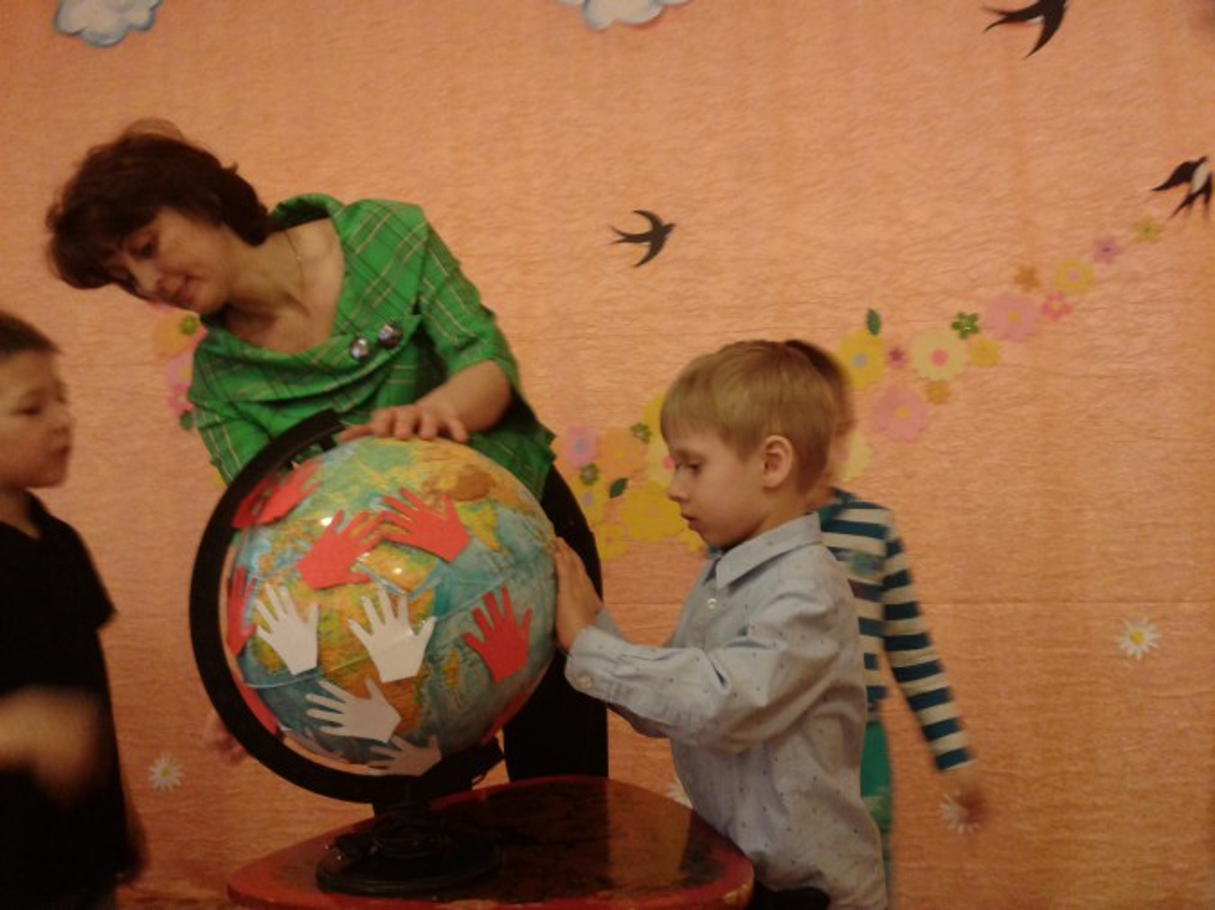«Будем жить в мире и добре на нашей родной земле!» конкурс чтецов для детей старшего дошкольного возраста.