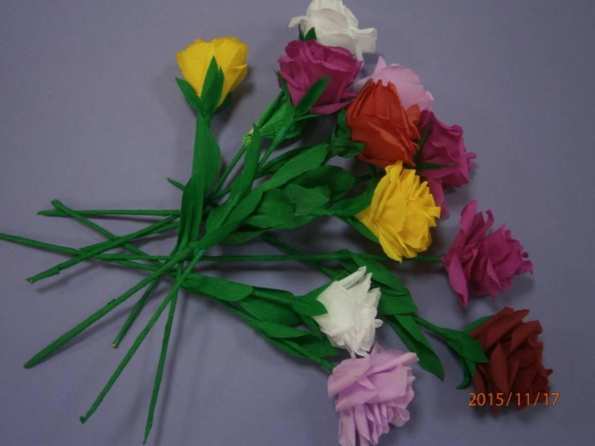 Мастер-класс «Розы» (гофрированная бумага)