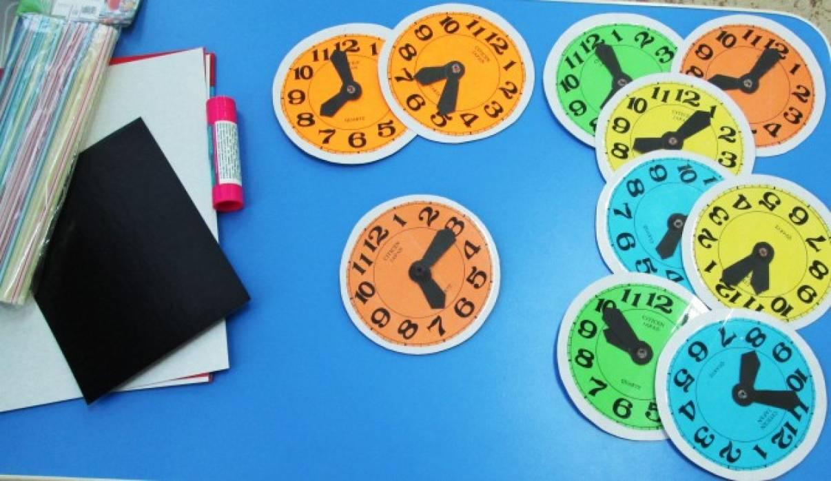Мастер-класс «Как сделать часы для игр из картона»