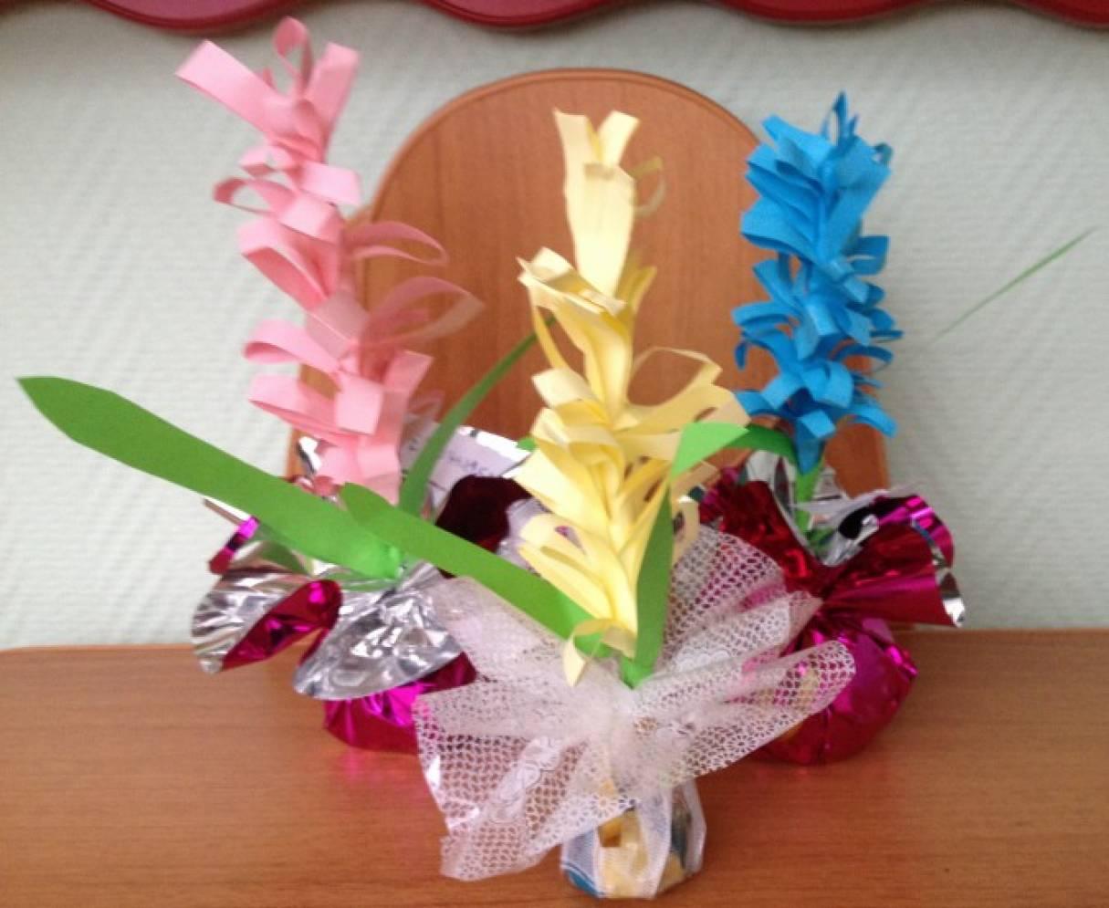 Весенние гиацинты из цветной бумаги — мастер-класс
