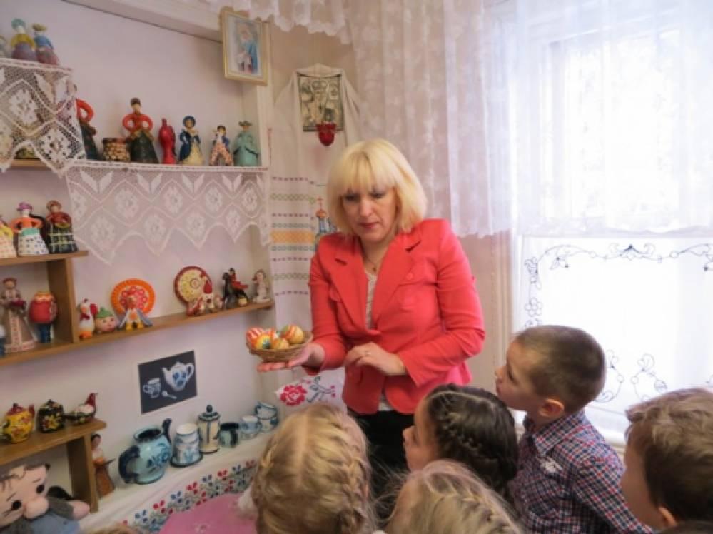 тема знакомство с русской культурой и традициями