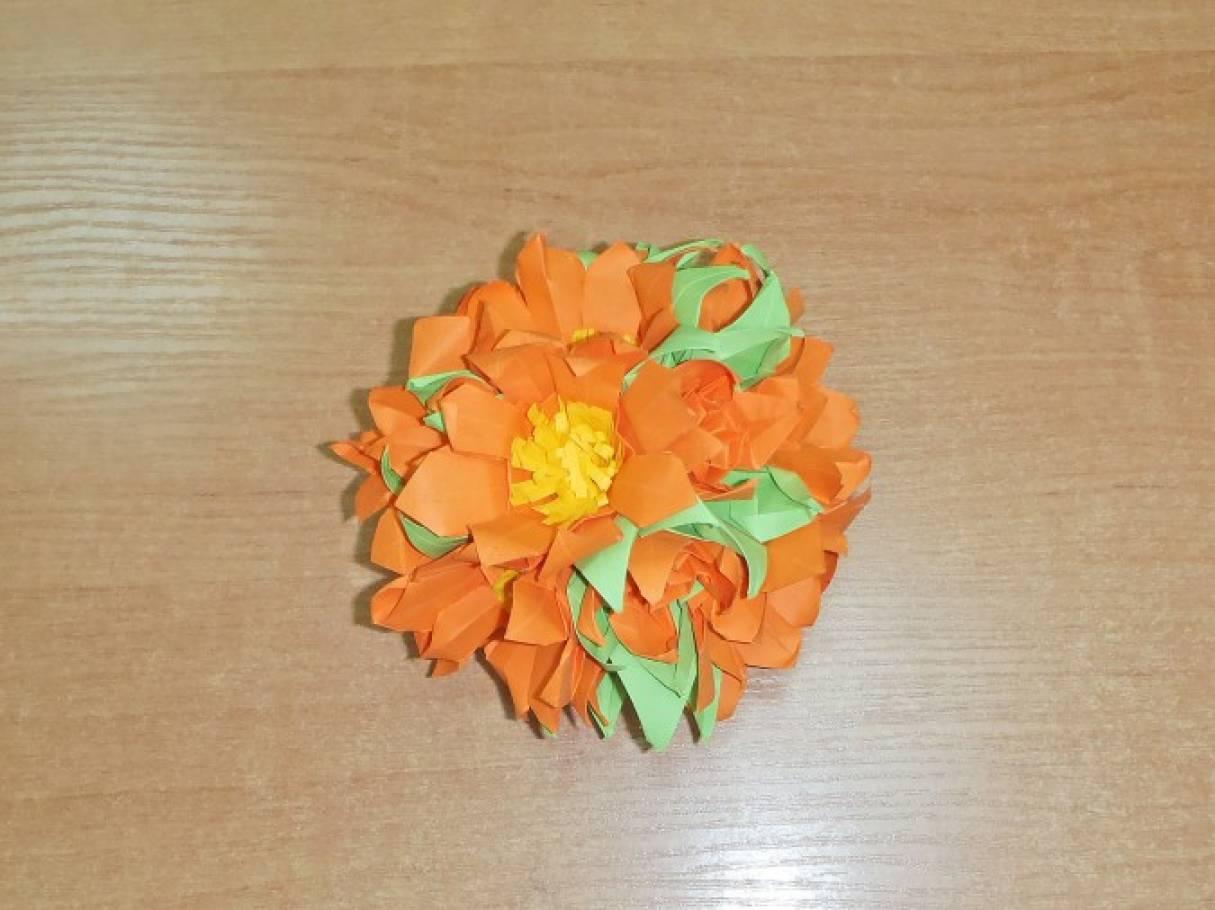 Цветочный шар из бумаги для украшения группы «Весенняя кусудама»