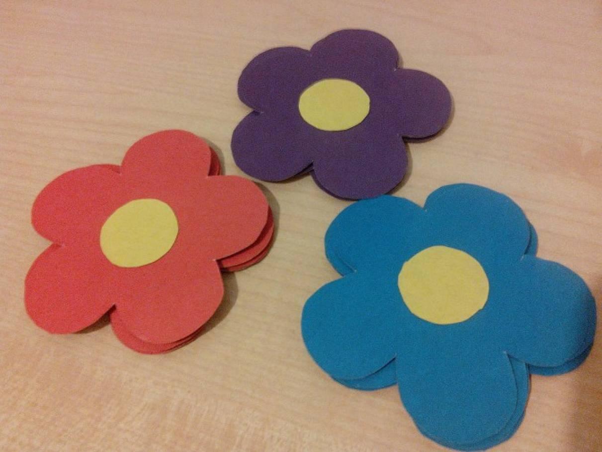 Дидактическая игра по математике для детей с ОНР, ЗПР «Цветочная полянка»