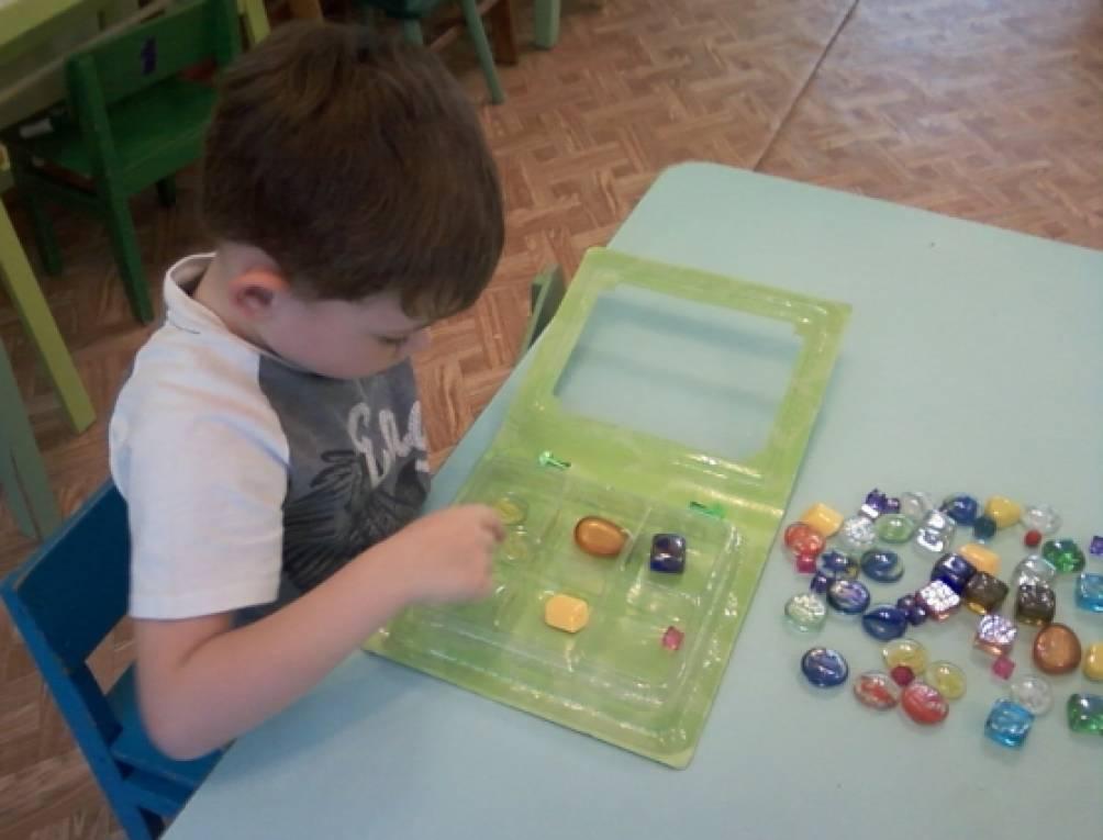 Сделай сам: игры и пособия для сенсорного воспитания детей