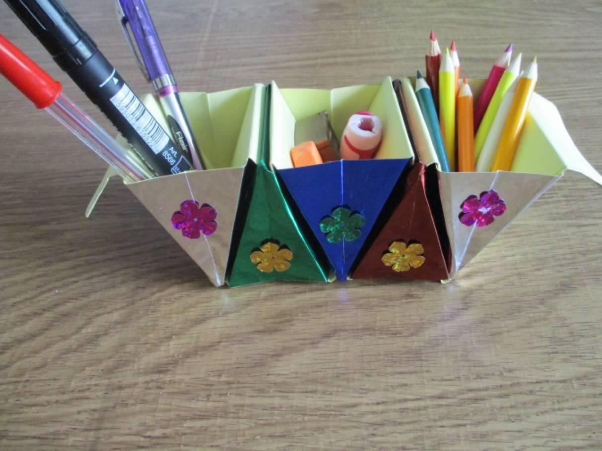 «Подставки для карандашей, ручек и других предметов.» Техникой оригами-мастер класс!