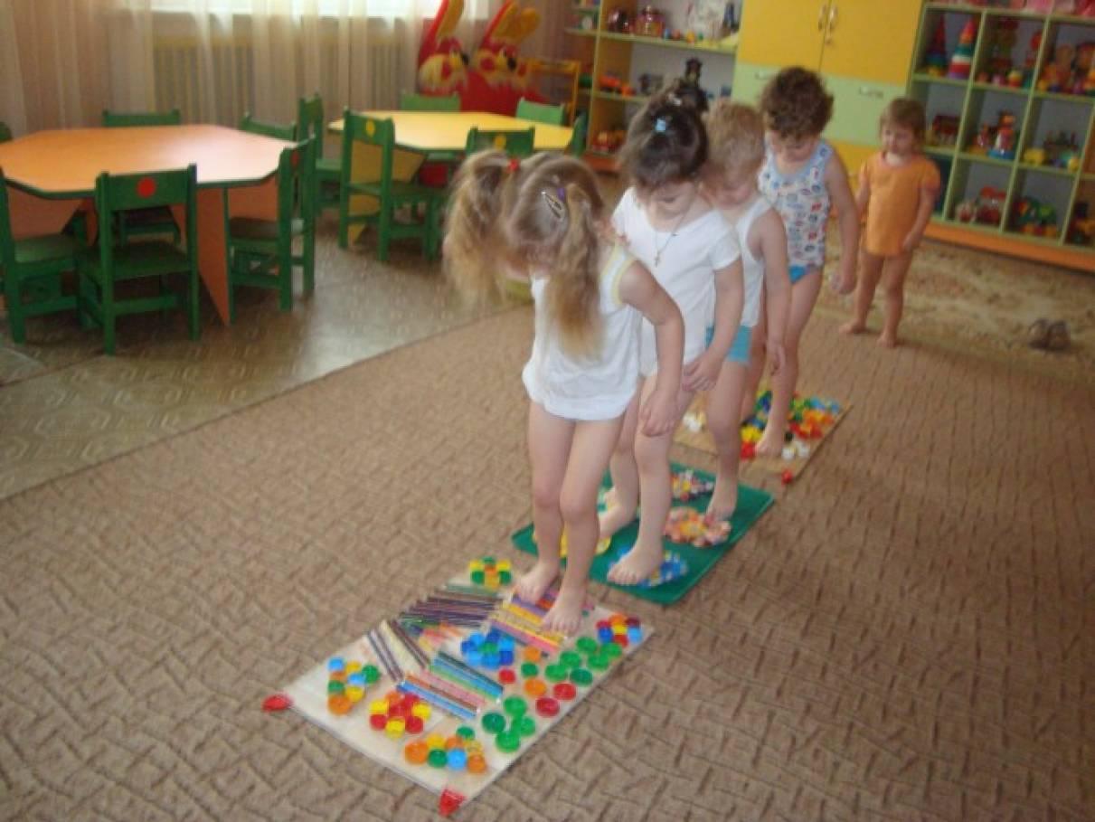 Профилактика плоскостопия в детском саду своими руками