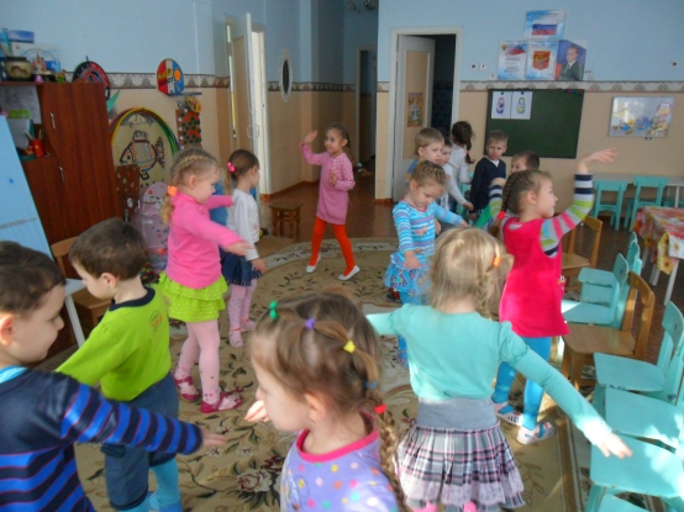 знакомство с русскими традициями в средней группе