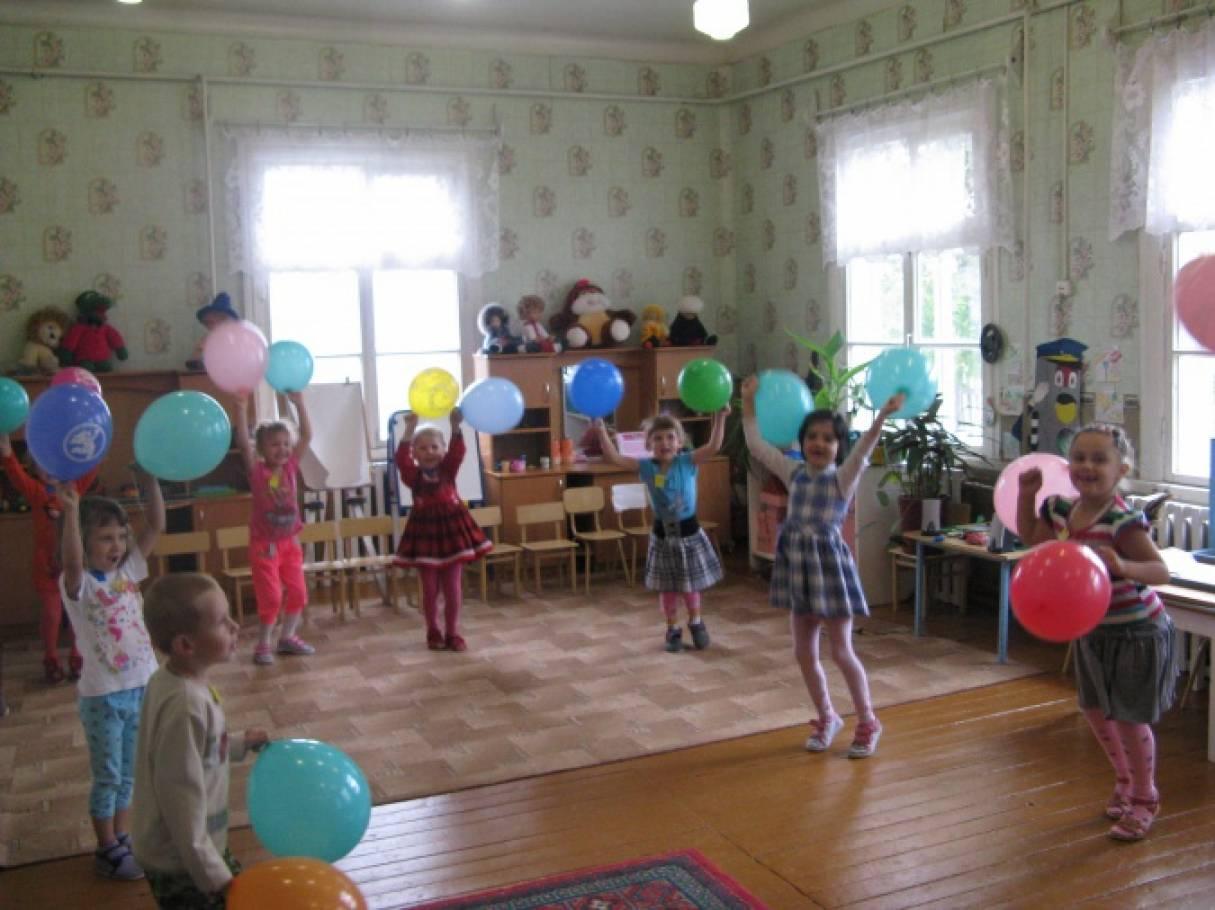 Развлечение «Планета воздушных шаров» для старших дошкольников